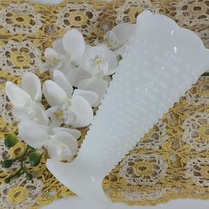 HOBNAIL VINTAGE MILK GLASS VASE
